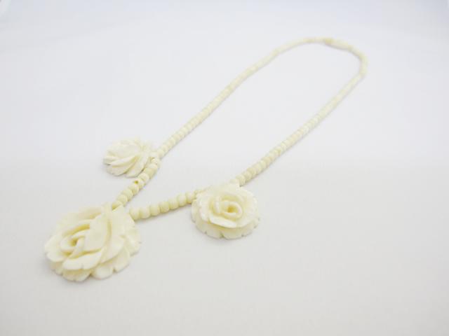 【Before】象牙ネックレスの糸交換