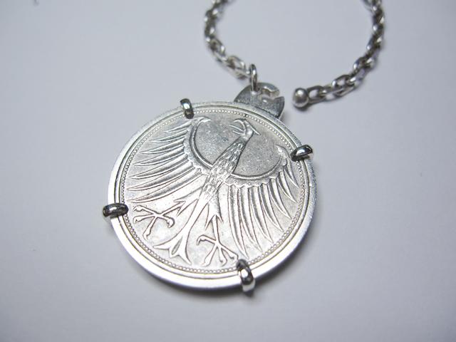 【After】コイン枠の修理  大切な思い出の品、爪が折れたコイン枠が綺麗に直りました!