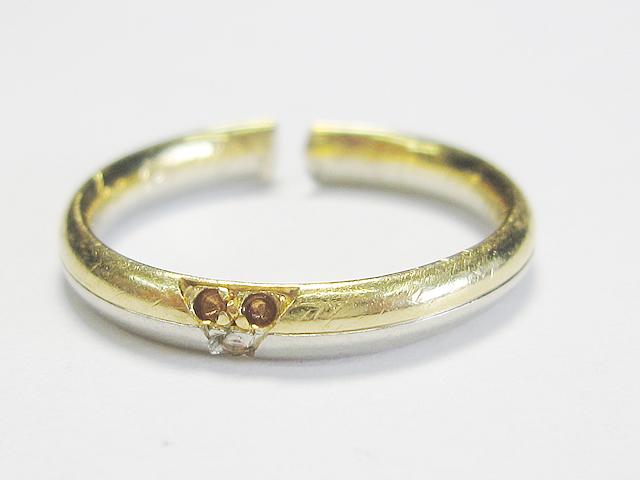 【Before】切れた指輪と 外れた石が元通り!想像以上に綺麗に仕上がりました。