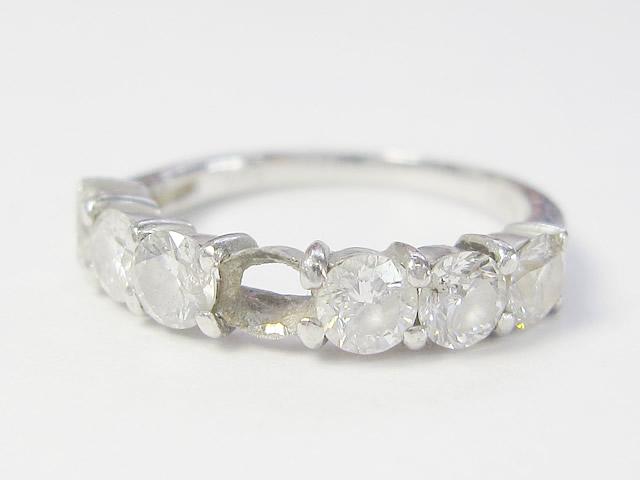 【Before】石が外れてなくなってしまった指輪が、綺麗に直りました!