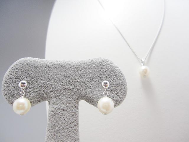 【After】真珠ネックレスをペンダントとピアスに加工!残りはネックレスで仕立て直しました。