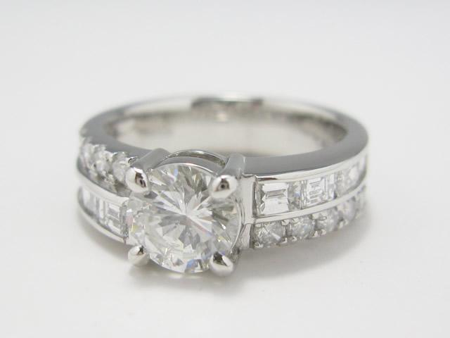 【After】2本の指輪を1本にリモデル  2本の指輪を1本の指輪に!シンプルデザインで永く使える指輪になりました。