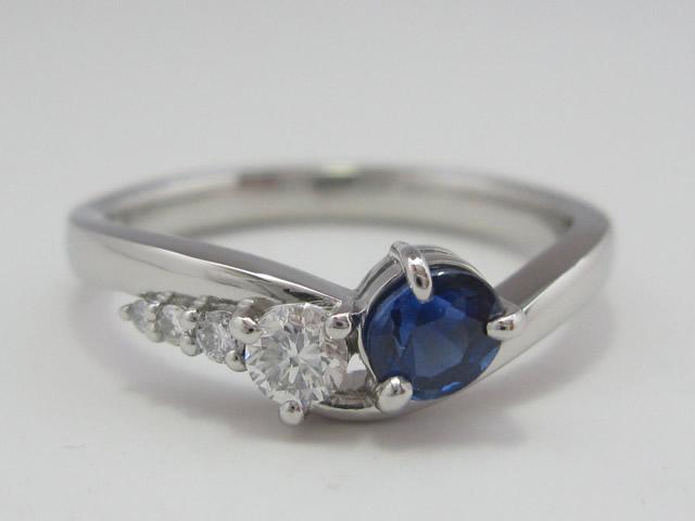 【After】思い出の2本のリングの石を利用して新しく今風のデザインへ