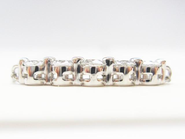 【After】ガタガタな石の並びを綺麗にセッティング!ダイヤモンドペンダントの石留め直し修理